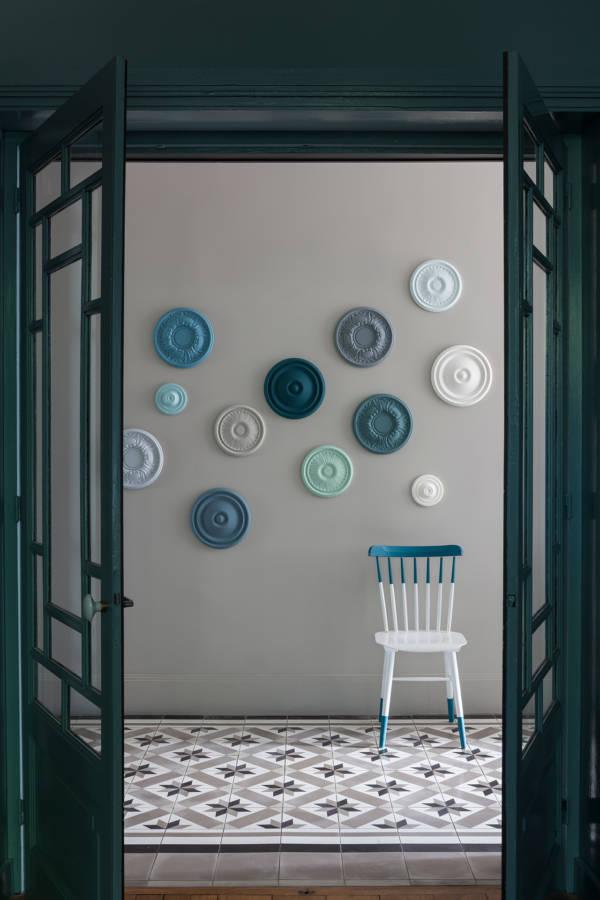 Rosaces-couleur-Gris-Perle-Celadon-Orage-Bleu-Petrole-Belle-ile-Banquise-Blanc-Porcelaine-Creme-Portes-couleur-Bleu-Petrole-caseine